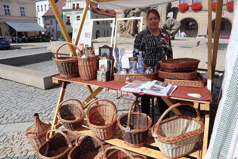 Farmářské trhy v Mělníku.
