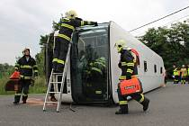 """Cvičení """"autobus"""" v Mělníku."""