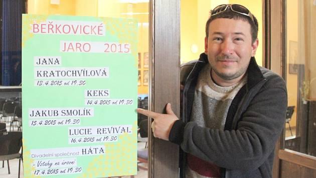 Kulturní dění v beřkovickém multicentru má pod palcem David Vačilja.