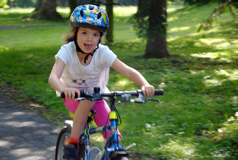 Malý cyklista. Ilustrační foto.