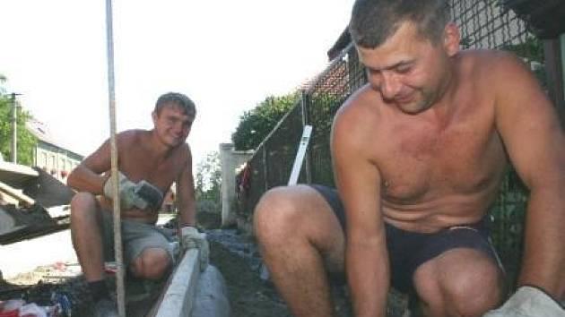 """""""Pinďa"""" Vasyl Štym (vlevo) a Venca"""" Vasyl Onyskiv ."""