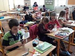 V Základní škole a Mateřské škole Řepín se dětem podařilo odevzdat k recyklaci úctyhodných 4 400 kusů baterií o celkové hmotnosti 76 kilogramů.