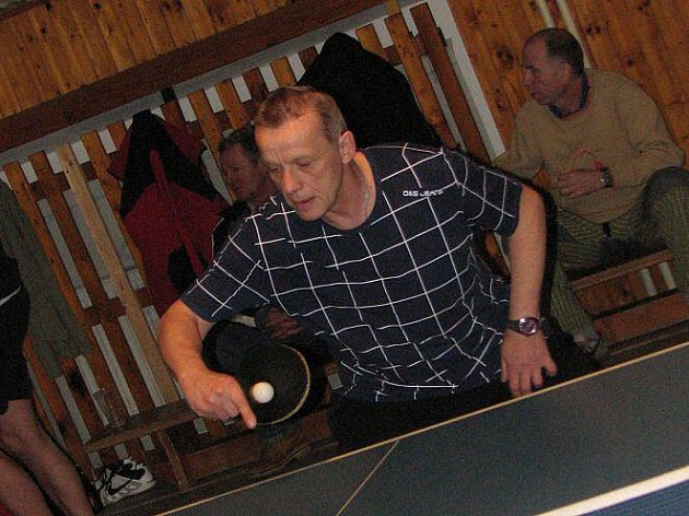 Tělocvičnu mšenské školy zaplnili stolní tenisté
