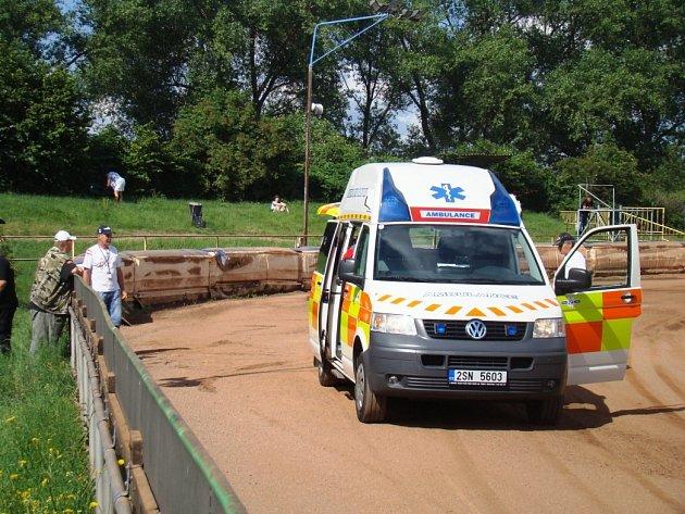 Závod juniorů ve Mšeně byl po pádech v tréninku zrušen