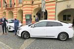 Elektromobily pro mělnický úřad.