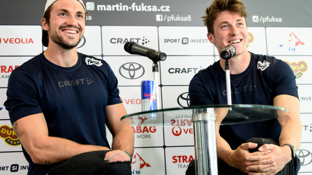 samý úsměv. Do sezony vstupují sourozenci Martin (vlevo) a Petr Fuksovi dobře naladěni.