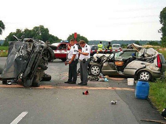 Dopravní nehodu u Dřís nepřežila mladá žena.