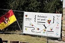 Relaxační art park.