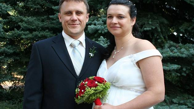 Michaela Vodičková a Jan Tintěra z Kozel si řekli své ano v pátek 18. září 2009 v obřadní síni v Neratovicích