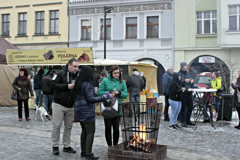 Od středy 19. prosince do soboty 22. prosince se uskuteční Mělnické vánoční trhy, které nabídnou návštěvníkům pestrý program s hudbou, divadlem a dalším kulturním programem.