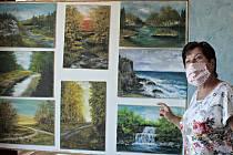 Malování s radostí je název výstavy, kterou je možné zhlédnout v malém sále Kulturního domu Vltava v Kralupech nad Vltavou.