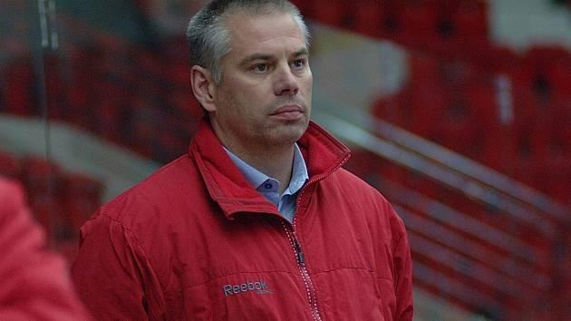 Hokejový trenér, expert a bývalý útočník Milan Antoš