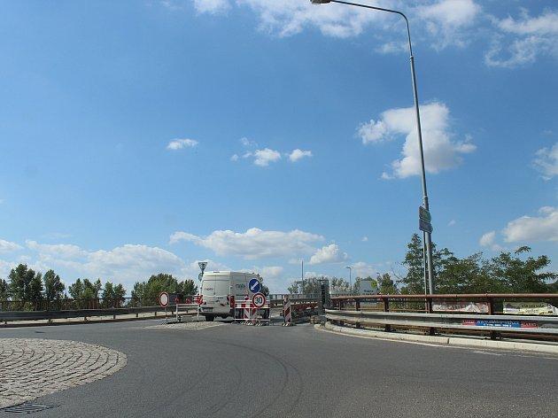 Nový most přes Labe v Mělníku.