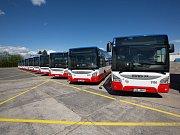 Na linky Pražské integrované dopravy uvedla společnost deset nových celonízkopodlažních autobusů IVECO URBANWAY s pohonem na CNG.