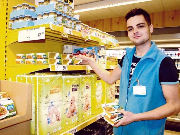 Marek Lojín v neratovické prodejně.