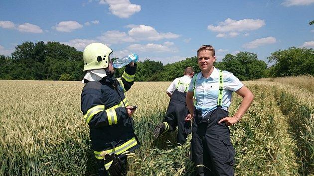 Ve své výbavě mají lužečtí hasiči ičlun, který využili pro vyhledávání tonoucího.