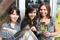 ORGANIZACE festivalu se ujaly Jitka a Anna Těhlovy a Tereza Hausmanová (zleva).