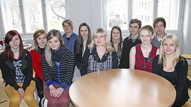 Z kralupského Dvořákova gymnázia se projektu zúčastnila dvanáctka studentů z různých ročníků.