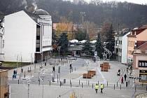 V úterý 12. listopadu došlo v Kralupech nad Vltavou k slavnostnímu otevření nově zrekonstruovaného Palackého náměstí.