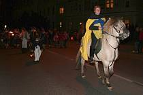 Průvod svatého Martina prošel městem od Základní školy Jungmannovy sady na náměstí Míru.