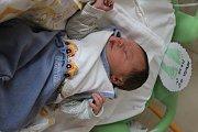 Eliáš Němeček se rodičům Tereze a Bohumilovi z Velkých Všelis narodil v mělnické porodnici 21. prosince 2017, měřil 52 cm a vážil 3,30 kg. Doma se na něj těší 8letá Ráchel.