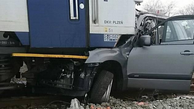 Nehoda na železničním přejezdu u zastávky Olovnice u Kralup nad Vltavou.