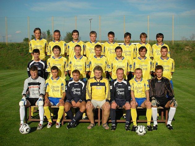 Fotbalisté Sokola Ovčáry vybojovali po návratu do divize výborné druhé místo.