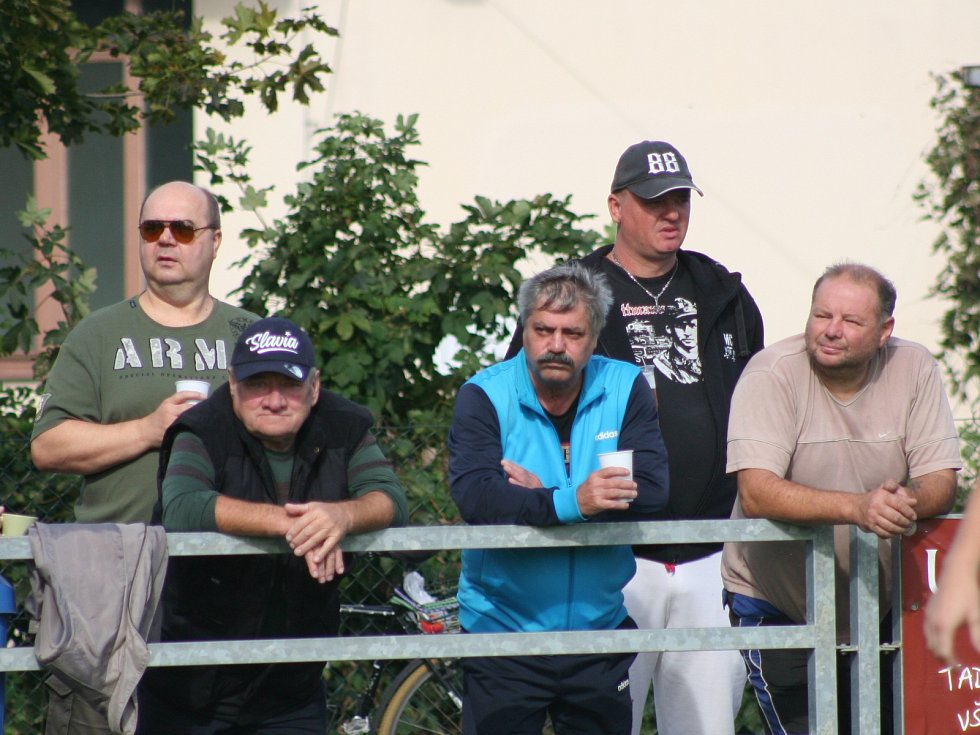 I. B třída, 7. kolo: Stará Boleslav (ve žlutém) - Byšice (1:2)