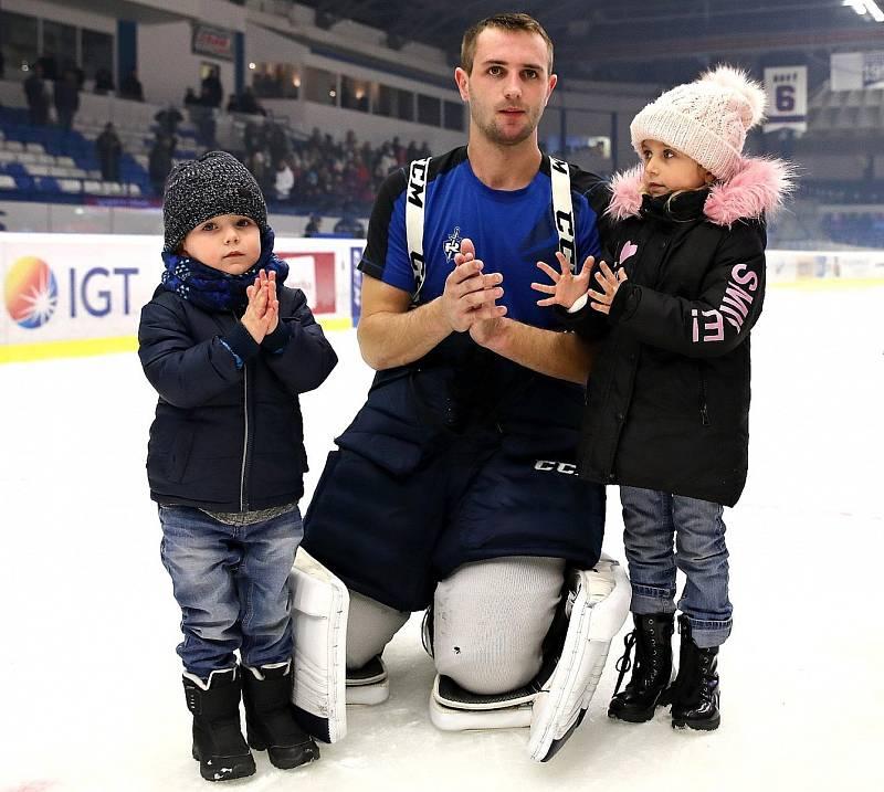 Lukáš Cikánek, hokejový brankář.