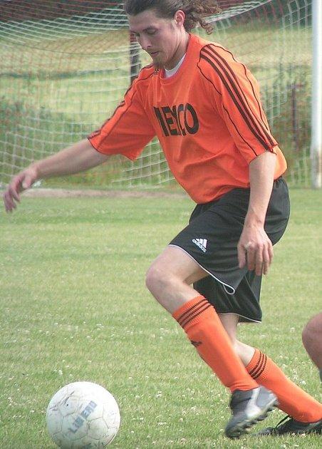 Milan Bubník se chce znovu co nejrychleji vrátit na trávník.