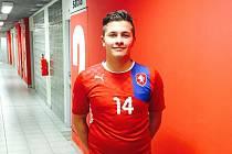 Dominik Malinský hrál i futsal za Olympik, na kontě má starty za reprezentaci do 19 let.