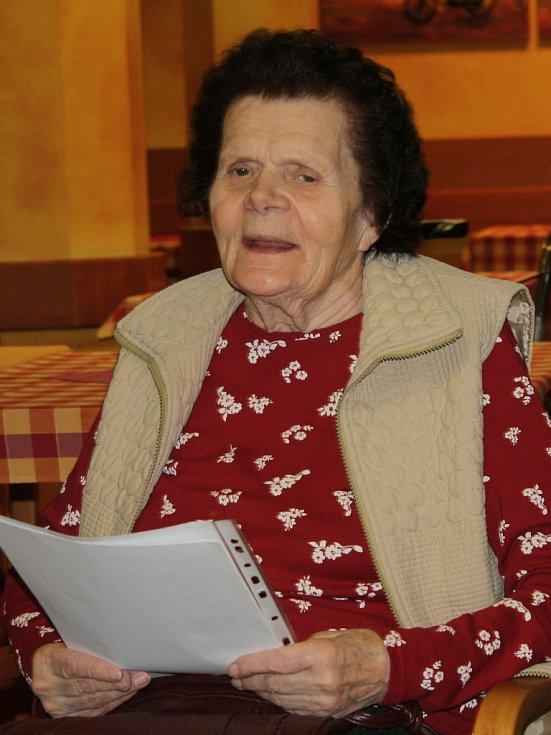 Česko zpívalo koledy v neratovickém Domě Kněžny Emmy.