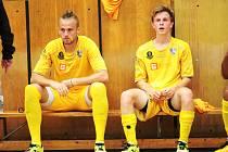 Jiří Vokoun (vpravo) trefil kadaňskou branku hned třikrát, stejně jako Tomáš Cabadaj. Jan Prieložný (vlevo) tentokrát k zápasu nenastoupil.
