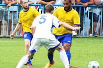 Pouze dva střelci se dělí o jedenáct podzimních gólů Neratovic v divizi. Josef Kozák rozšířil v nedělním domácím utkání s Litvínovem svou bilanci na sedm gólů, jeho jmenovec Gabčo skóroval čtyřikrát.