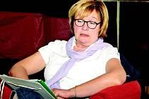 Marcela Brodilová četla na Noci literatury v Neratovicích.
