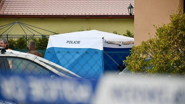 Středočeští kriminalistévyšetřují případ vraždy v Nové Vsi na Praze venkov - Východ.