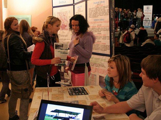 Na výstavě Vzdělávání 2010 se představily školy z Mělnicka i okolních regionů
