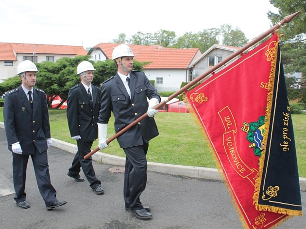 Žehnání hasičského praporu, Vojkovice.