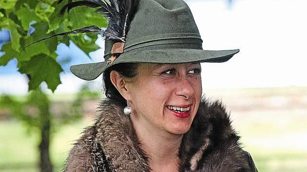 Ester Kočičková se na sobotní akci v Neratovicích dobře bavila navzdory nepříznivému počasí.