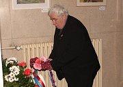 Tento pietní akt se letos konal při příležitosti 69. výročí popravy mělnického občana Josefa Hořejšího z Chlumína, majitele továrny na dětské kočárky Liberta, dříve vězněného i fašisty.