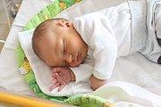 ANTONÍN PLESKAČ se rodičům Janě Zitové a Lukáši Pleskačovi ze Štětí narodil 26. března 2018 v mělnické porodnici, měřil 50 cm a vážil 3,80 kg. Doma se na něj těší 2 a půl letý Mikuláš.