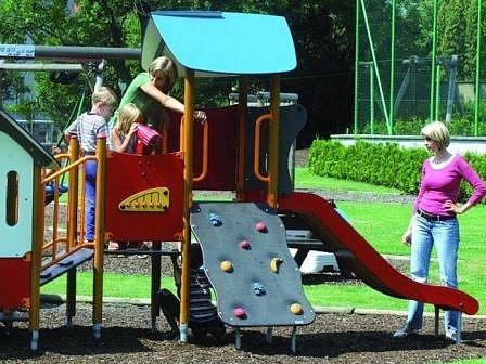 Dětská hřiště jsou otázkami mnoha obcí a měst.