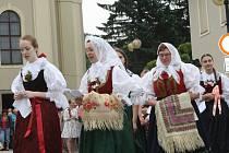 Tradiční procesí kráčelo ulicemi Rožnova.