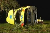 Nehoda sanitky.