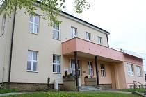 V Kladerubech opraví v budově základní a mateřské školy klubovnu, která je v současné době v dezolátním stavu.