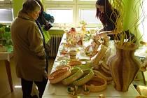 Velikonoční jarmark v Brankách se setkal s velkým zájmem lidí.