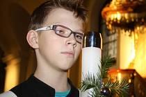 Mše svatá za děti a rodiny vsetínské římskokatolické farnosti se na Štědrý den odpoledne konala v kostele pod zámkem na Horním náměstí ve Vsetíně.