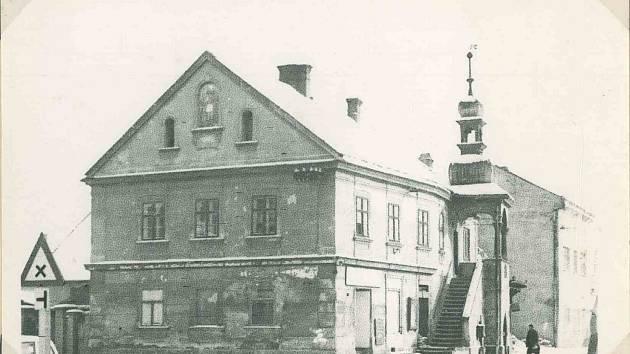 Krásenská radnice, sídlo městské knihovny do roku 2019