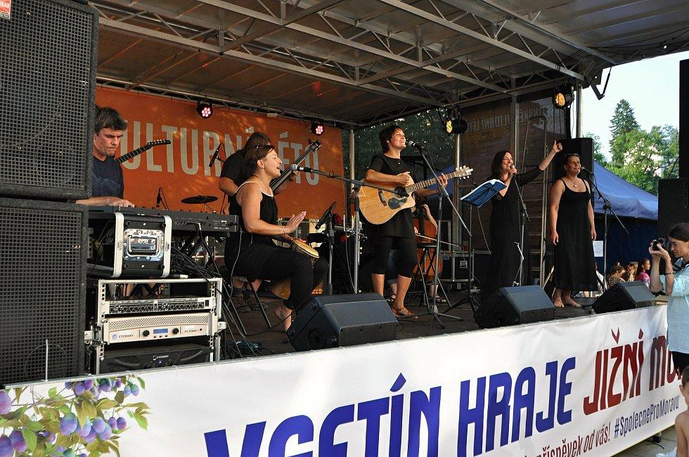 Vsetínská kapela Noca koncertuje v pátek 23. července 2021 na benefičním festivalu Vsetín hraje Jižní Moravě na Dolním náměstí ve Vsetíně.