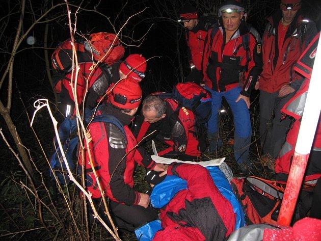 Členové Horské služby Beskydy z okrsků Kohútka a Soláň absolvovali 17. a 18. ledna 2014 zimní prověrky na Soláni.